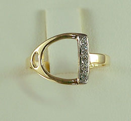 JET3475 English Stirrup Ring w/ Diamonds