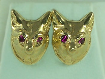 M998R Fox Head Earrings