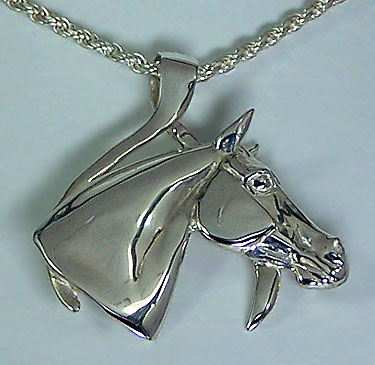 JET6601SS Horse Head in Wishbone Pendant