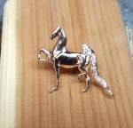 JET3273LPD Jeweled Three Gaited Saddlebred Lapel Pin