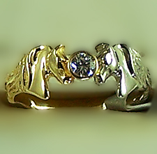 M2149RG_WG_YGD Kissing Horse Head Ring