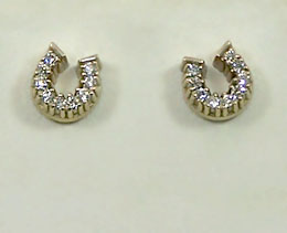 M628DER Horseshoe Earrings