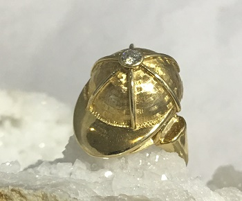 E202 14kt Yellow Gold Helmet Ring with Diamond