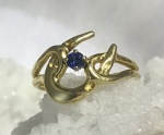 Horseshoe Ring - 14kt Yellow Gold with Sapphire