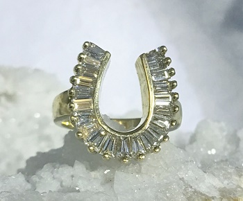 E208 Diamond Horseshoe Ring