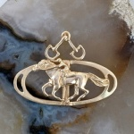 JET3541A_B 14kt Yellow Gold Racing Thoroughbred Pendant