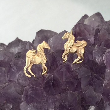 JET3798ER 14kt Yellow Gold Arabian Horse Earrings