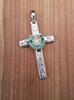 JM001 Diamond and Emerald Horseshoe Cross