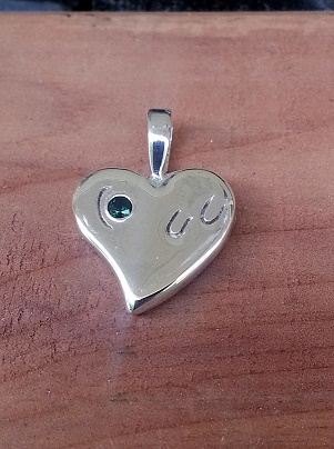 JM588SS Horseshoes on the Heart Pendant with Birthstone