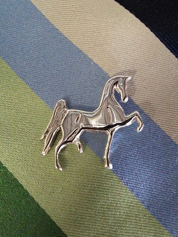 JM596SSLP Polly Horse Lapel Pin
